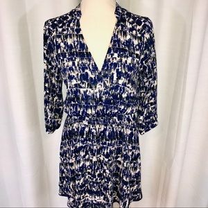 Lush v neck dress with cinched waist size small